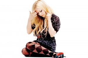 Avril Lavigne Wallpapers leopard dress shy