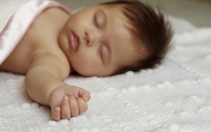 Baby Wallpapers sleeping