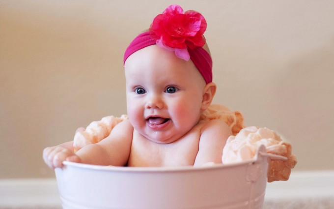 Baby Wallpapers tub
