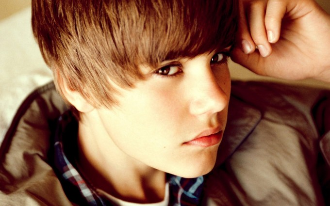 Justin Bieber wallpapers eyes