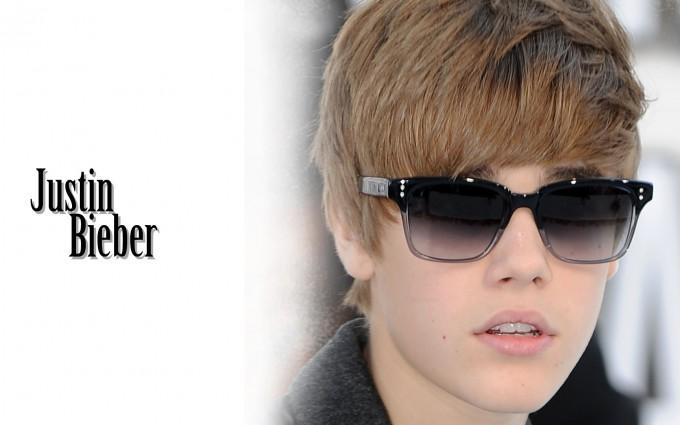 Justin Bieber wallpapers purple shade