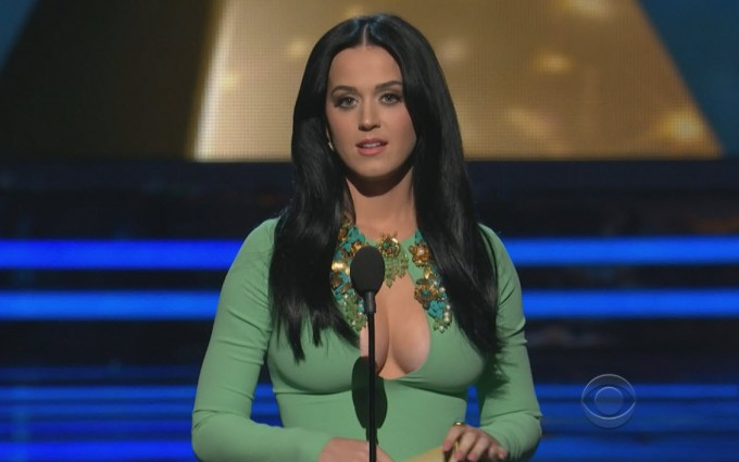 Katy Perry Wallpaper Emmy awards green dress sexy