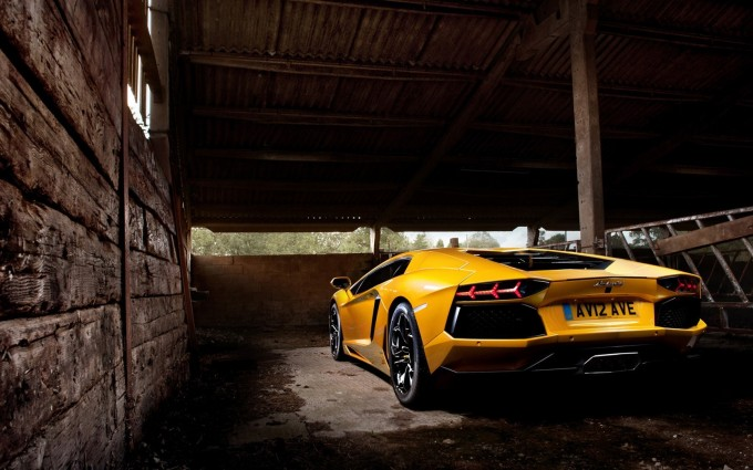 Lamborghini Aventador Wallpapers HD A56 Yellow - lamborghini aventador desktop sports cars, race cars, luxury cars, expensive cars, wallpapers pictures images free download