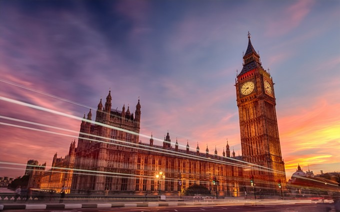 London Wallpapers HD clock lights