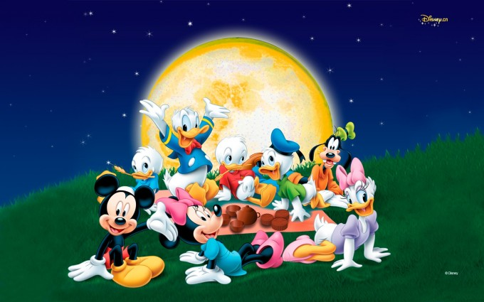 Mickey Mouse Wallpapers moon