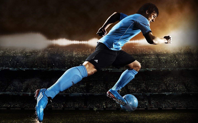 Football Wallpapers Desktop Background: Football Photos - HD Desktop Wallpapers