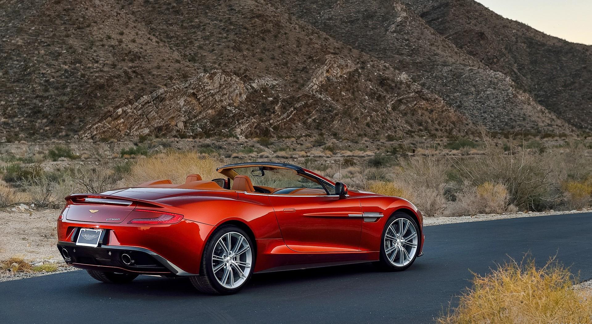 Aston Martin Vanquish Wallpapers red