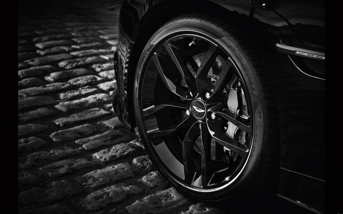 Aston Martin Vanquish Wallpapers rim