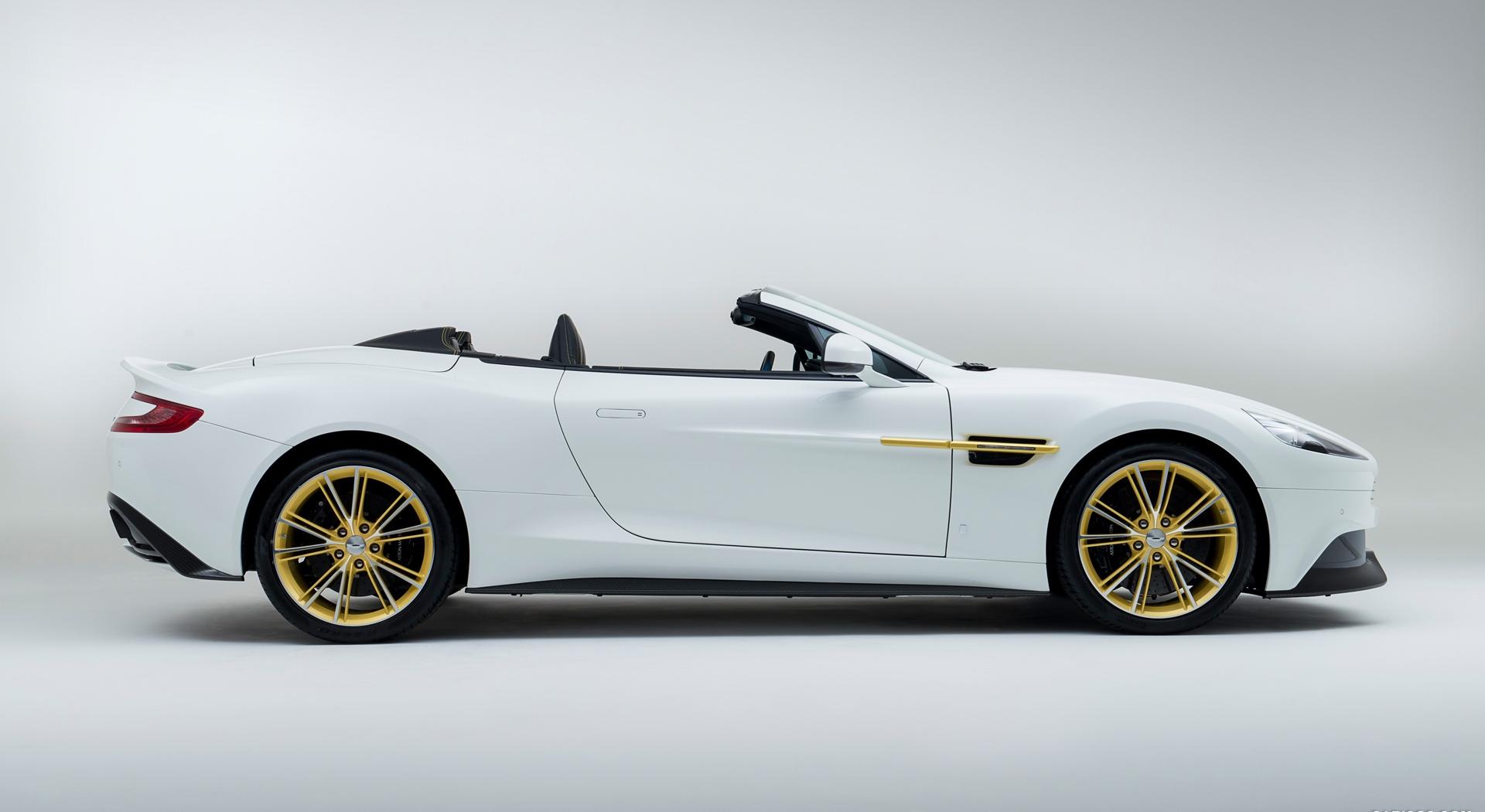 Aston Martin Vanquish Wallpapers white