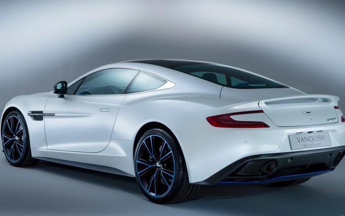Aston Martin Vanquish White awesome