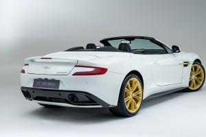Aston Martin Vanquish White picture