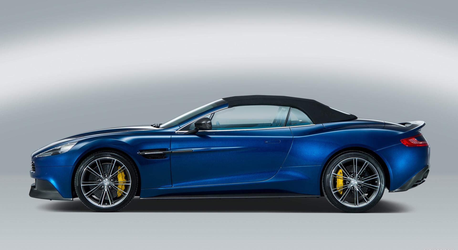 Aston Martin Vanquish blue A5
