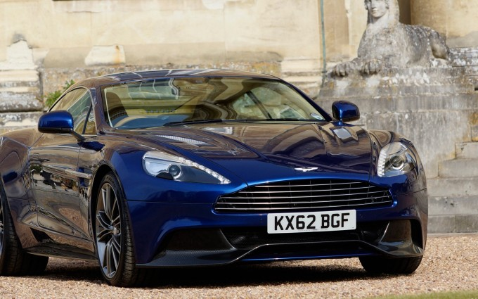 Aston Martin Vanquish blue A6