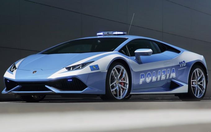 Lamborghini Huracan polizia