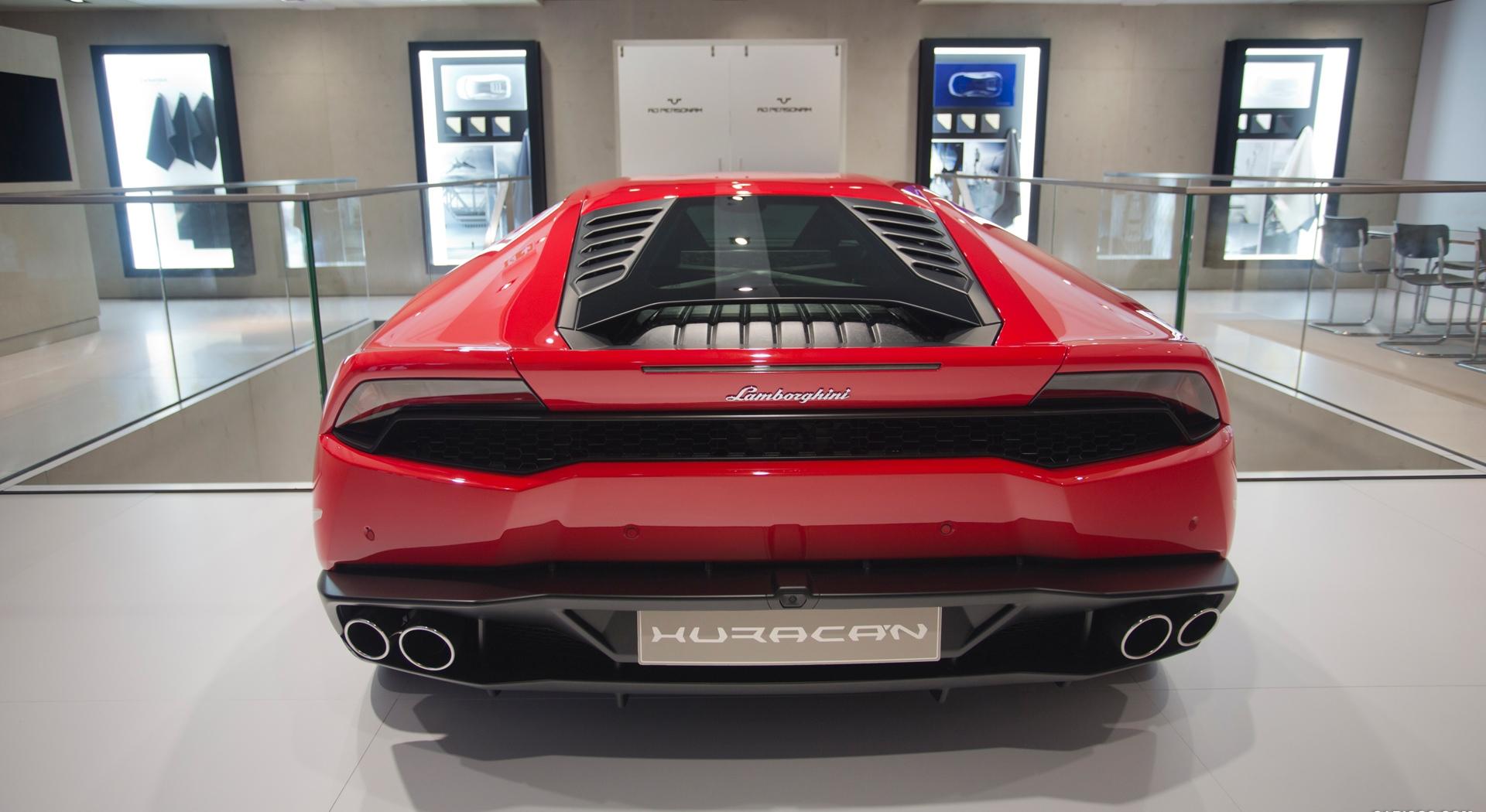 Lamborghini Huracan red image