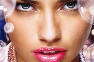 adriana_lima_pretty_lips-normal