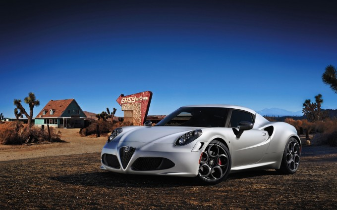 alfa romeo 4c 2014 launch