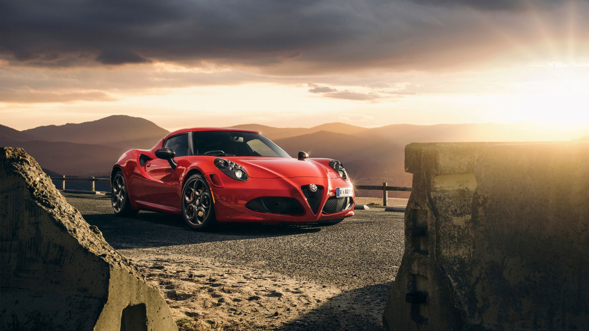 alfa romeo 4c 2015 launch