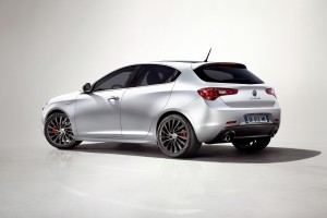 alfa romeo giulietta wallpaper car