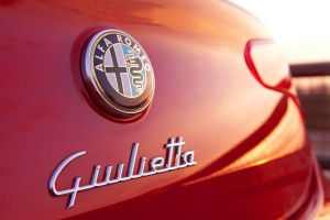 alfa romeo giulietta wallpaper logo