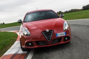 alfa romeo giulietta wallpaper race