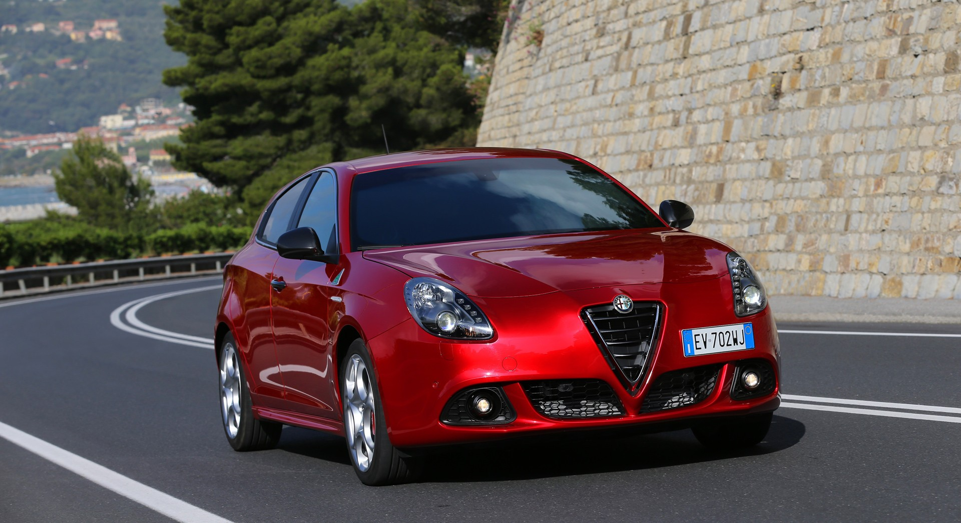 alfa romeo giulietta wallpaper red awesome