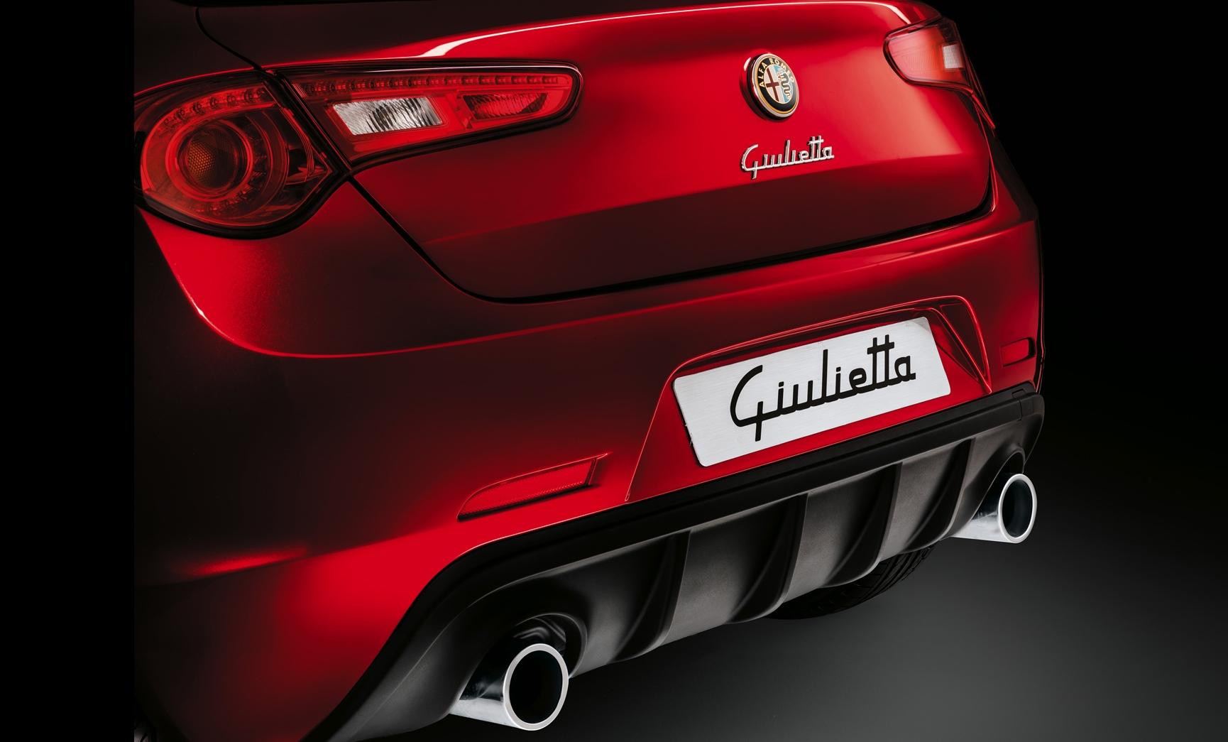 alfa romeo giulietta wallpaper red