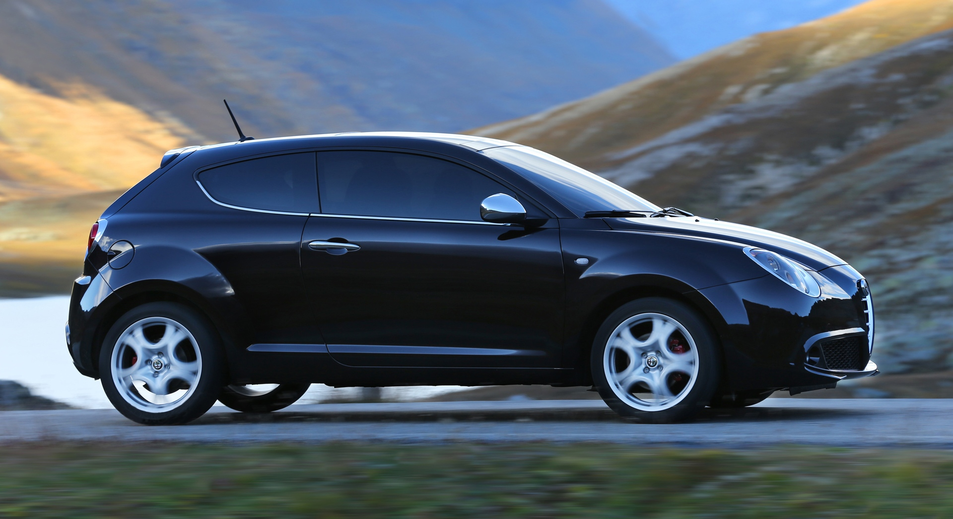 alfa romeo mito wallpaper road