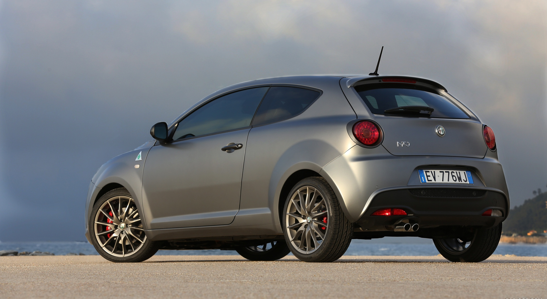 alfa romeo mito wallpaper side