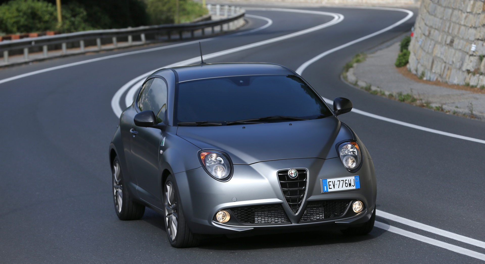 alfa romeo mito wallpaper waves