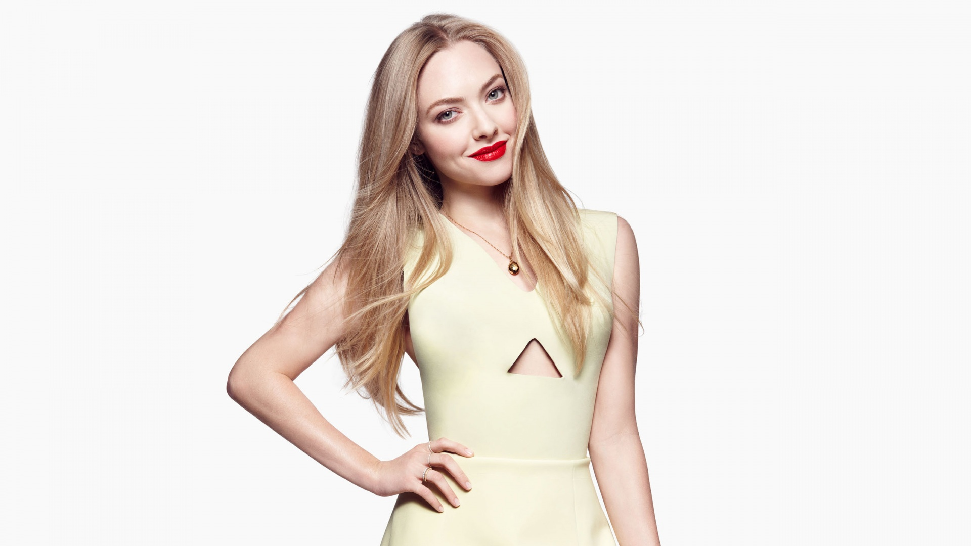 amanda seyfried wallpapers hd A2