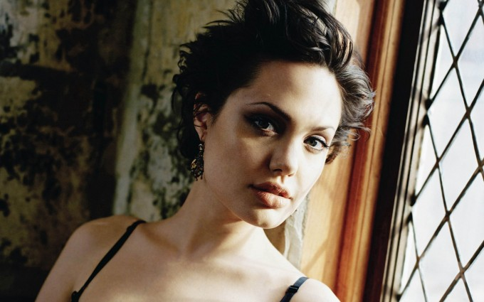 angelina jolie wallpapers hd A2
