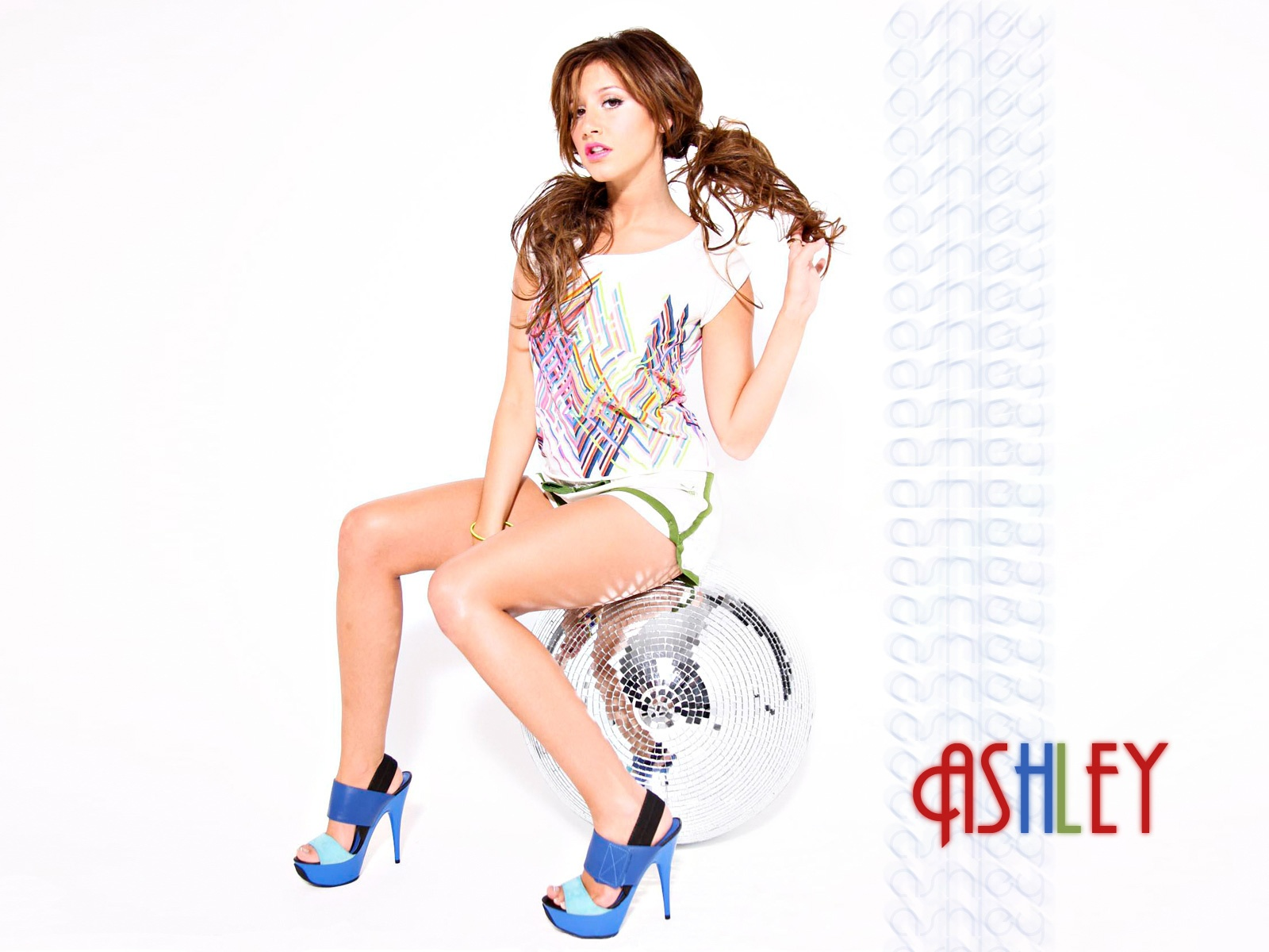 ashley tisdale images hd A6