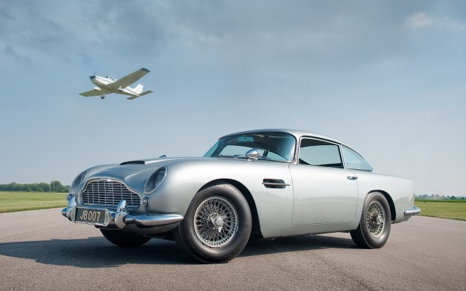 aston martin db5 cool