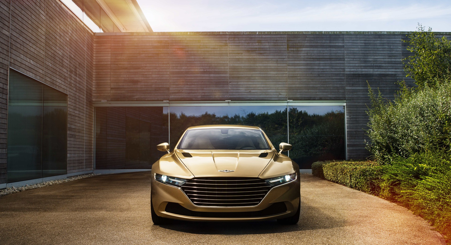 aston martin lagonda golden