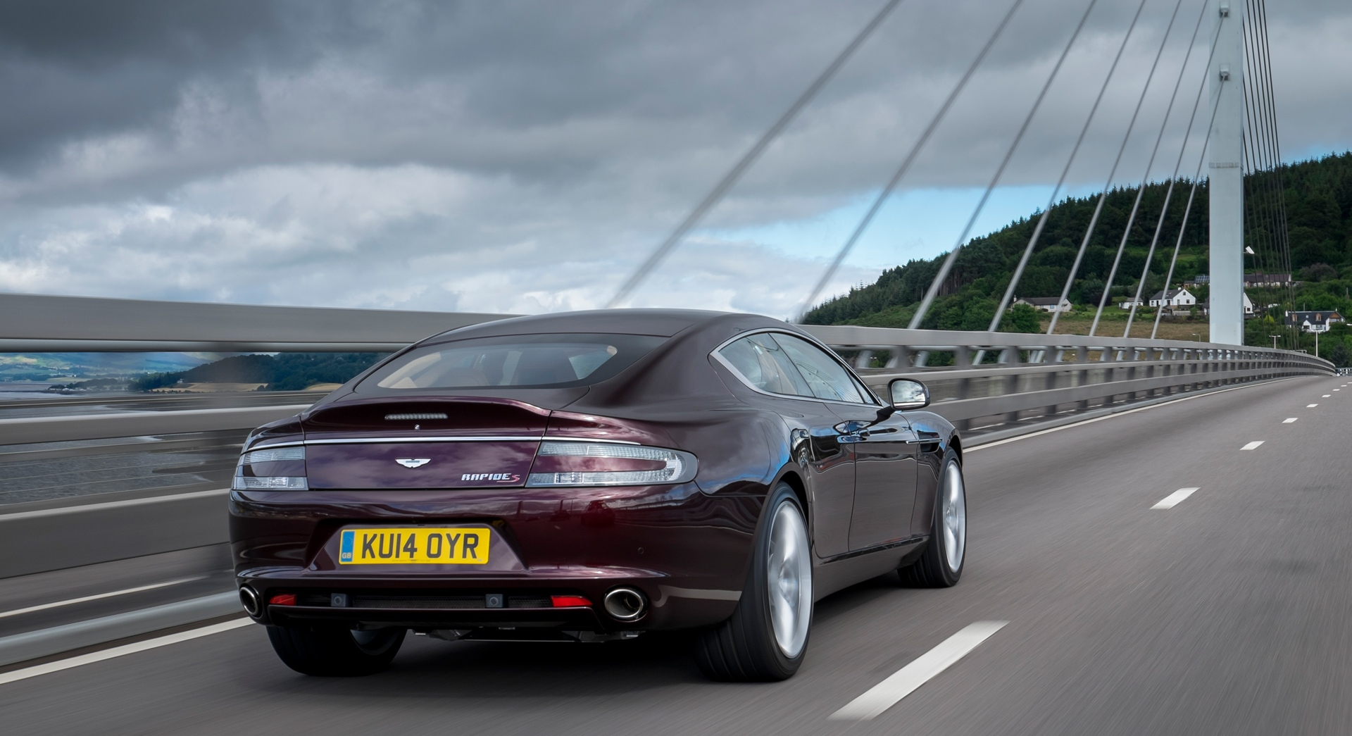 aston martin rapide bridge