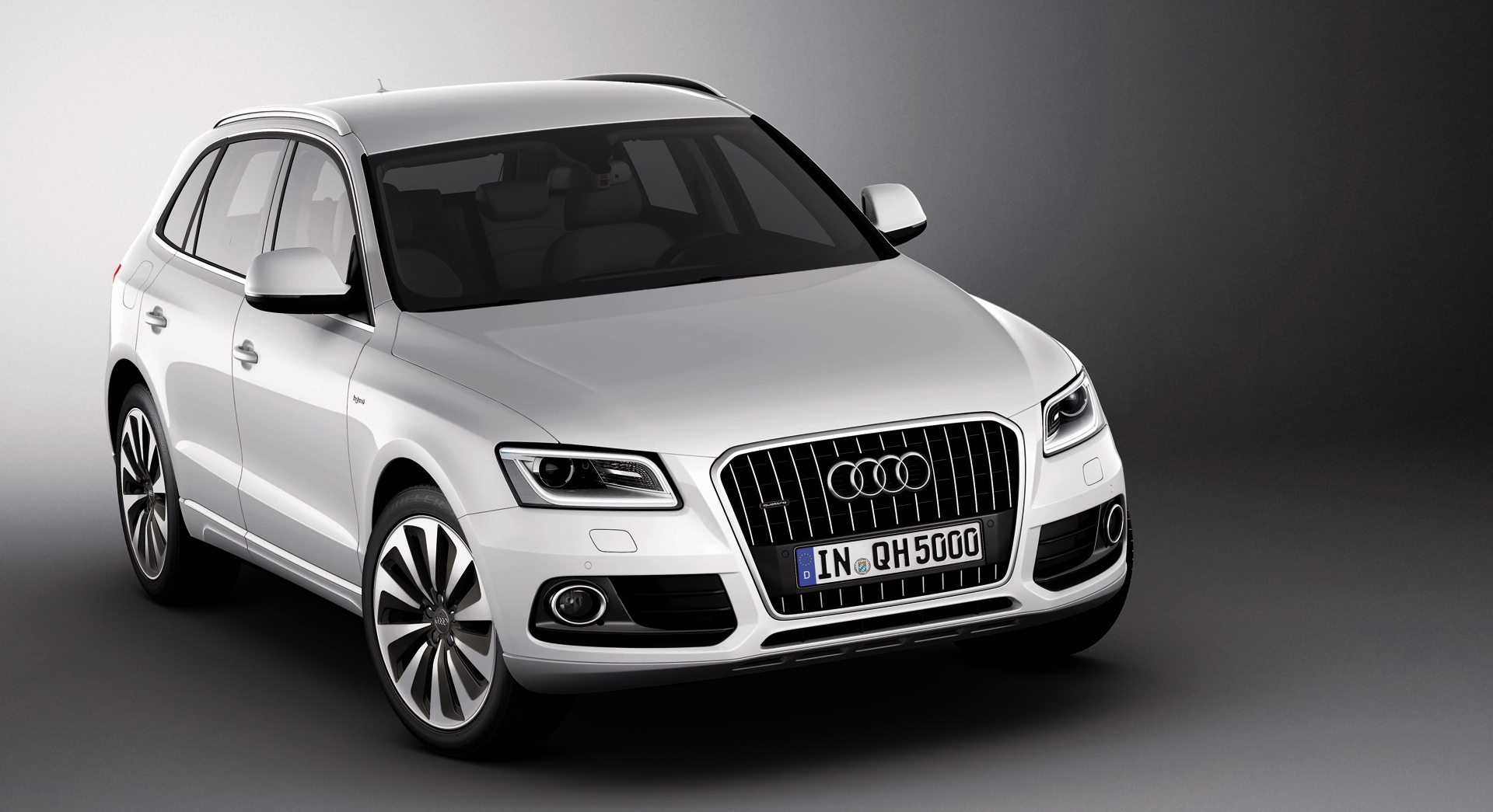 audi q5 hybrid hd desktop wallpapers 4k hd. Black Bedroom Furniture Sets. Home Design Ideas