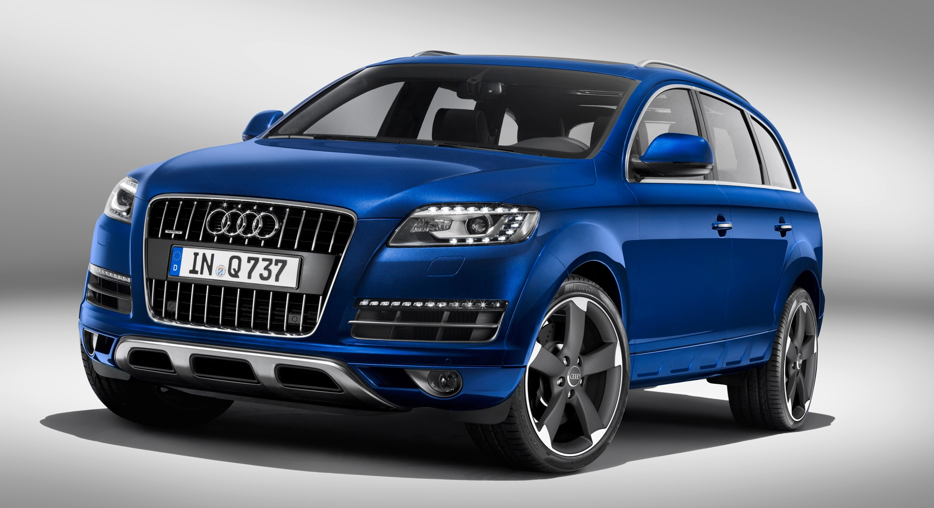 Audi Q7 Blue Hd Desktop Wallpapers 4k Hd