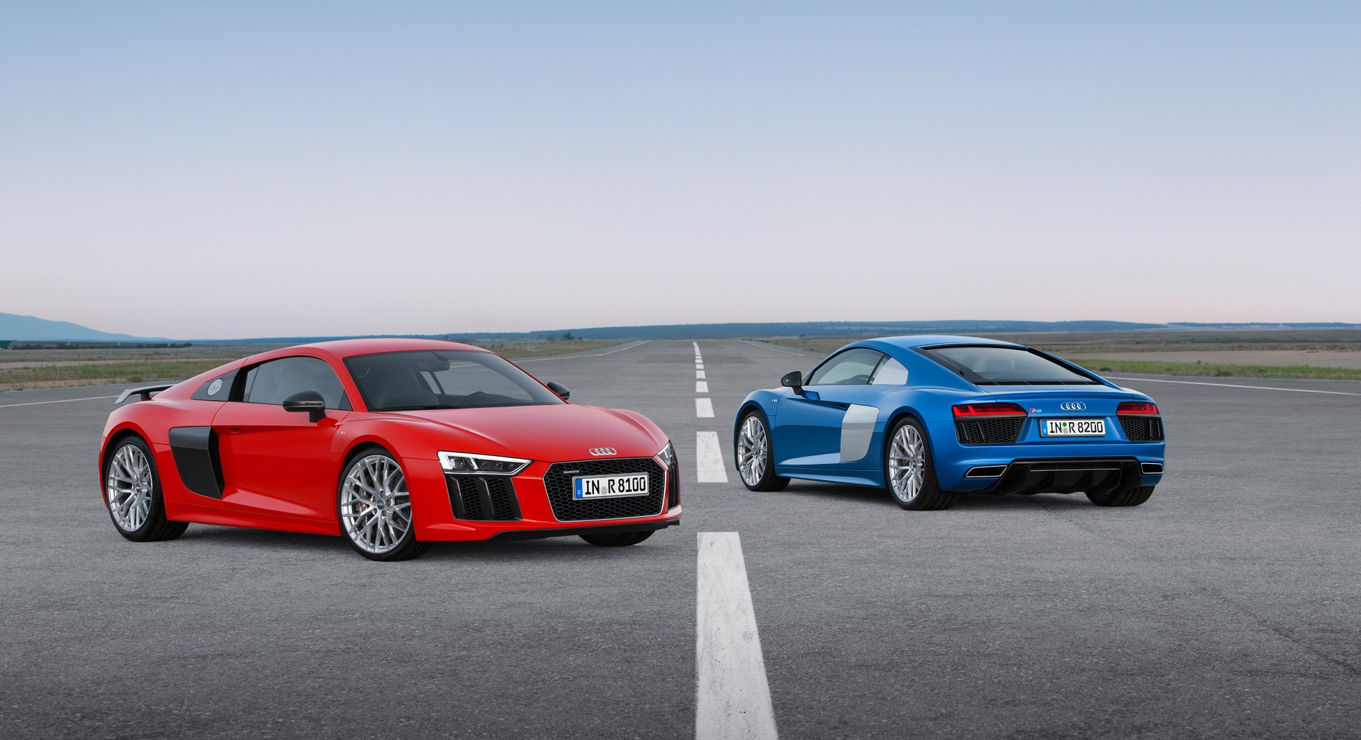 audi r8 v10 plus blue red