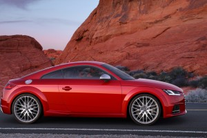 audi tts red speed