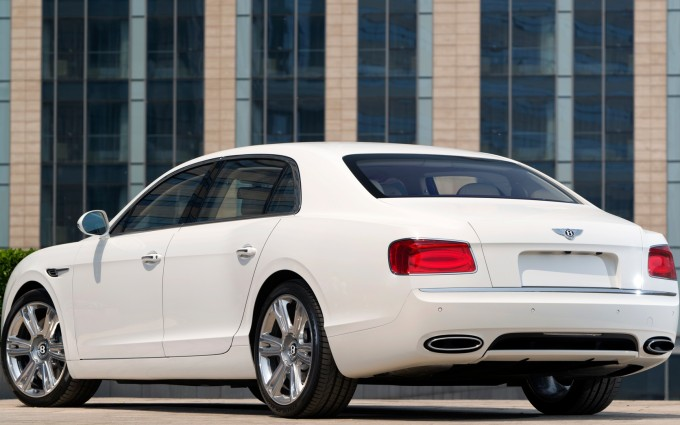 bentley flying spur white back