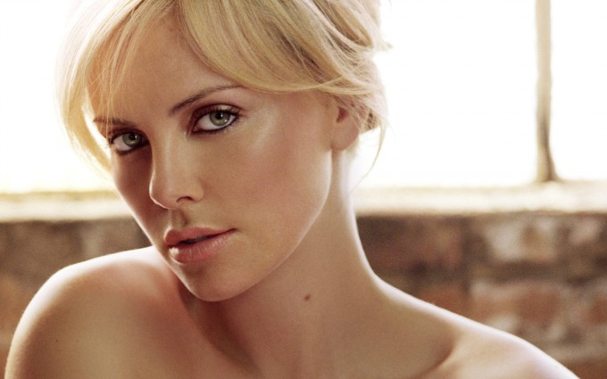 charlize theron wallpapers hd A4