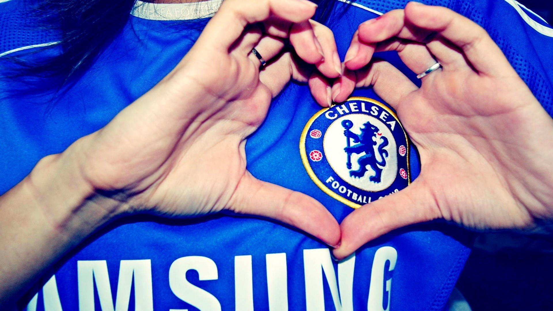 chelsea wallpaper heart