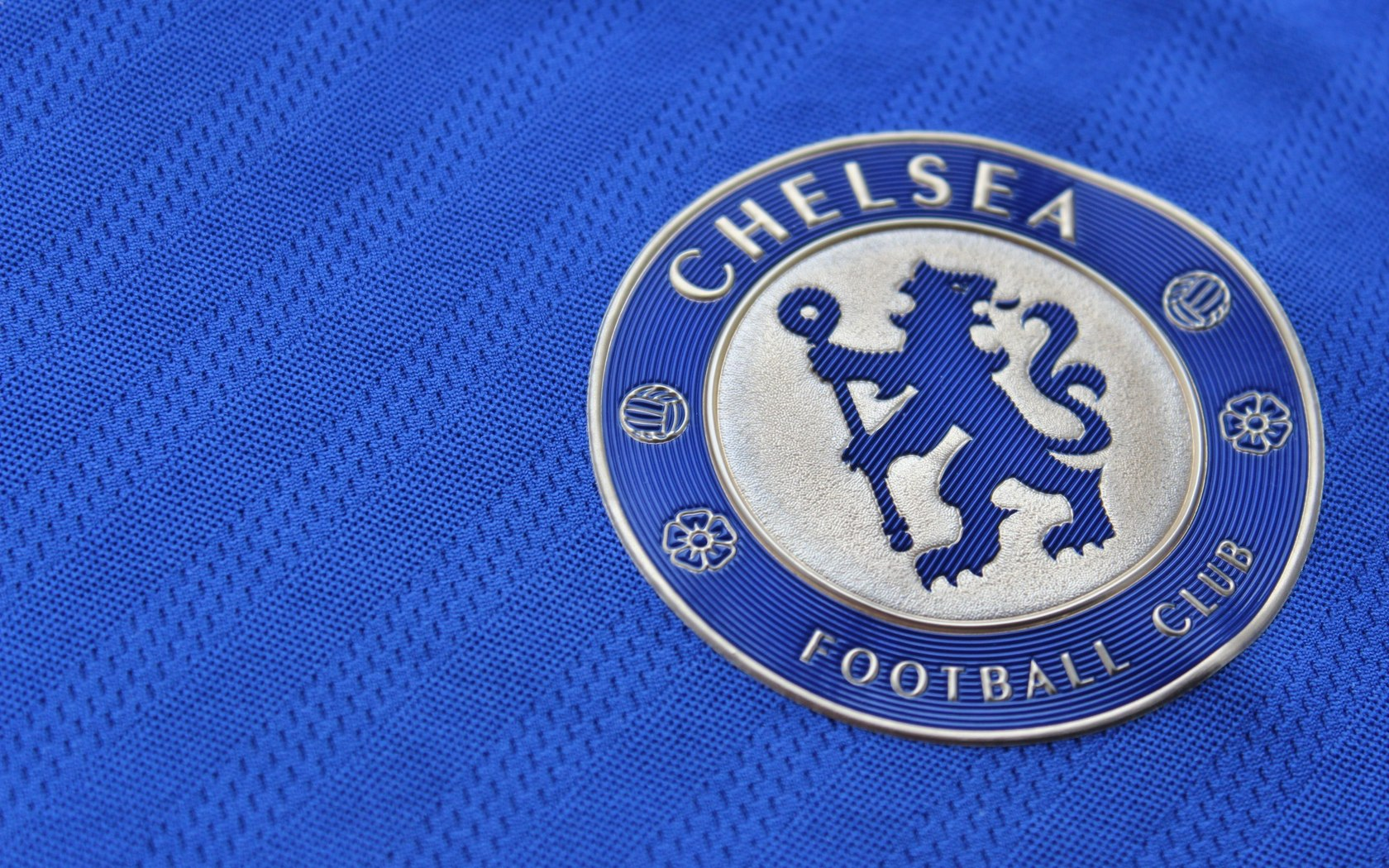 chelsea wallpaper light blue