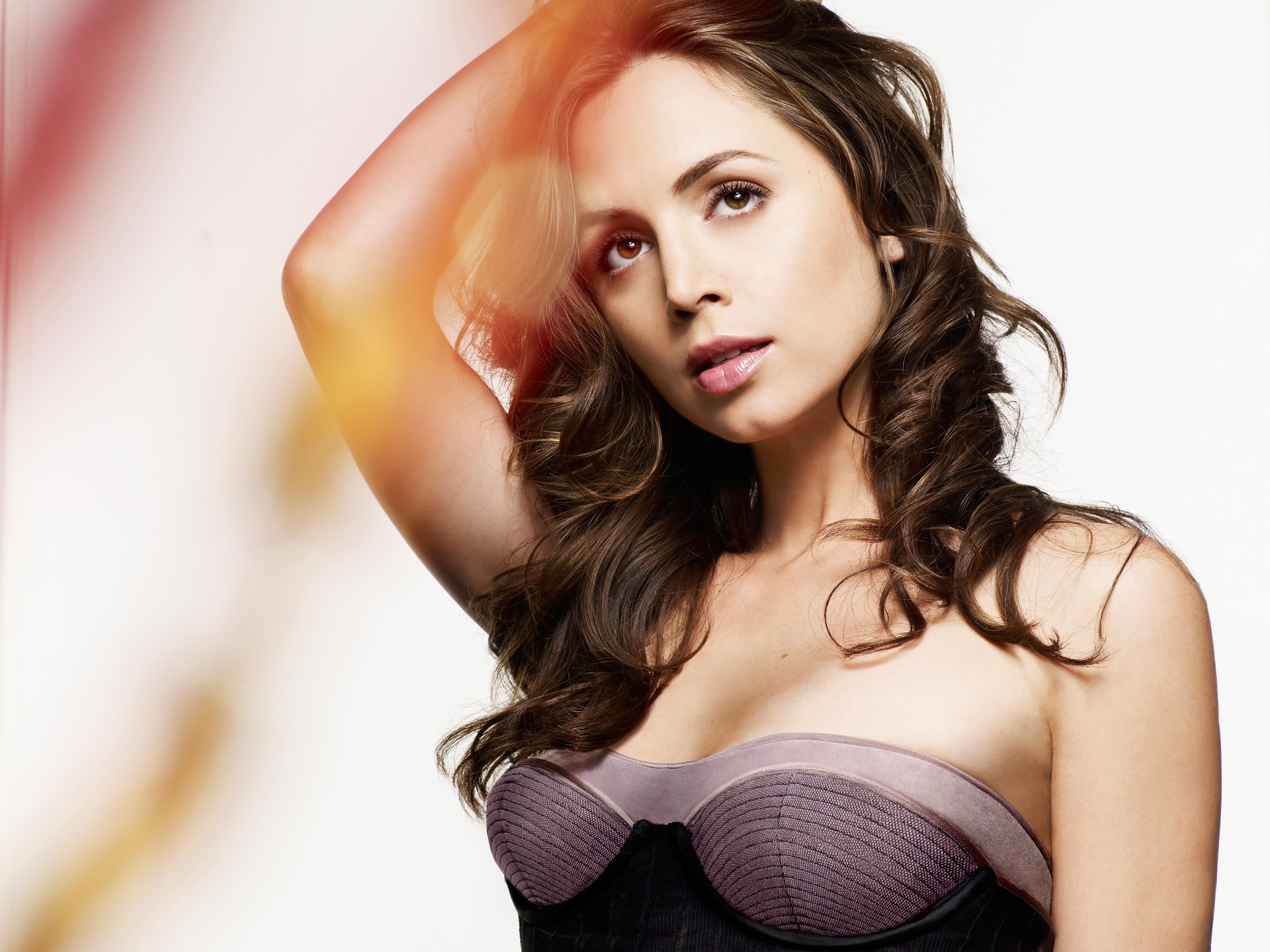 eliza dushku wallpapers hd a3