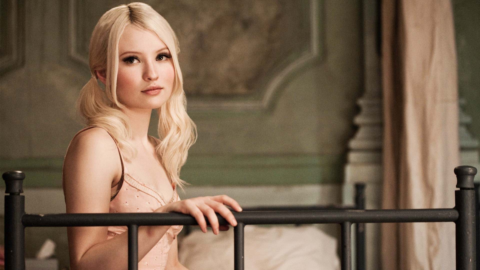 emily browning wallpapers hd a3