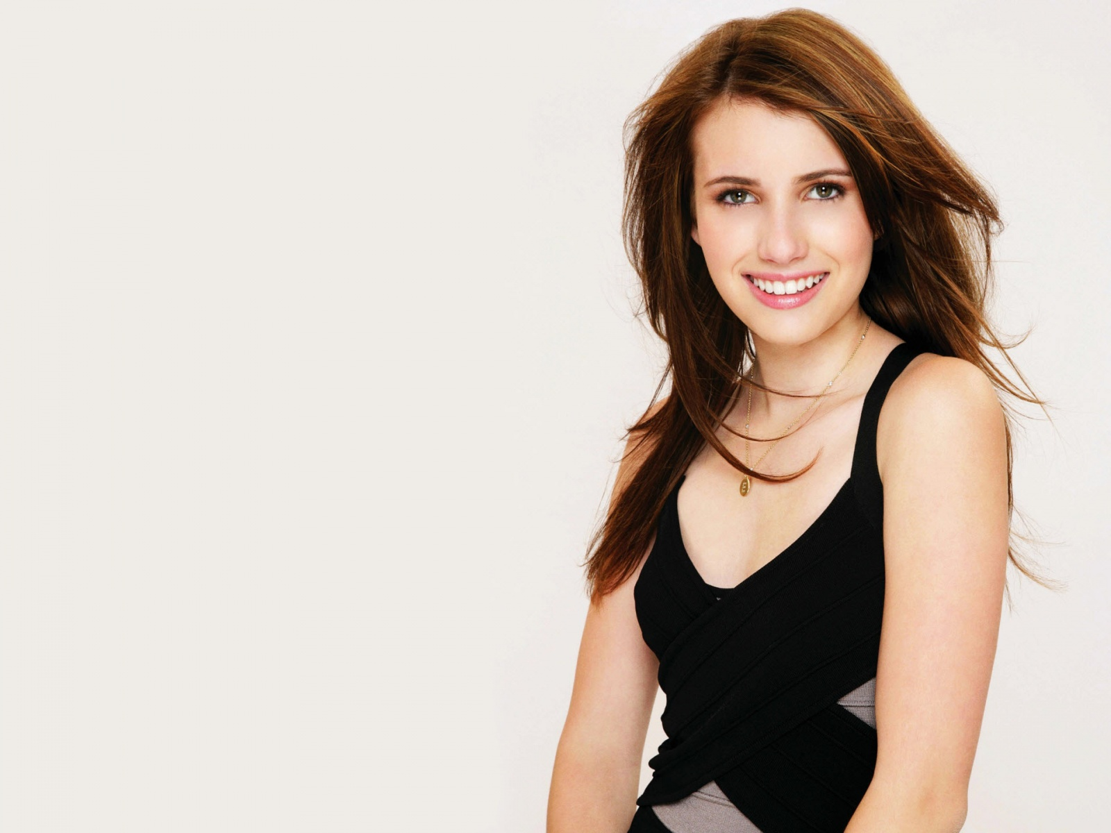 emma roberts wallpapers hd A2
