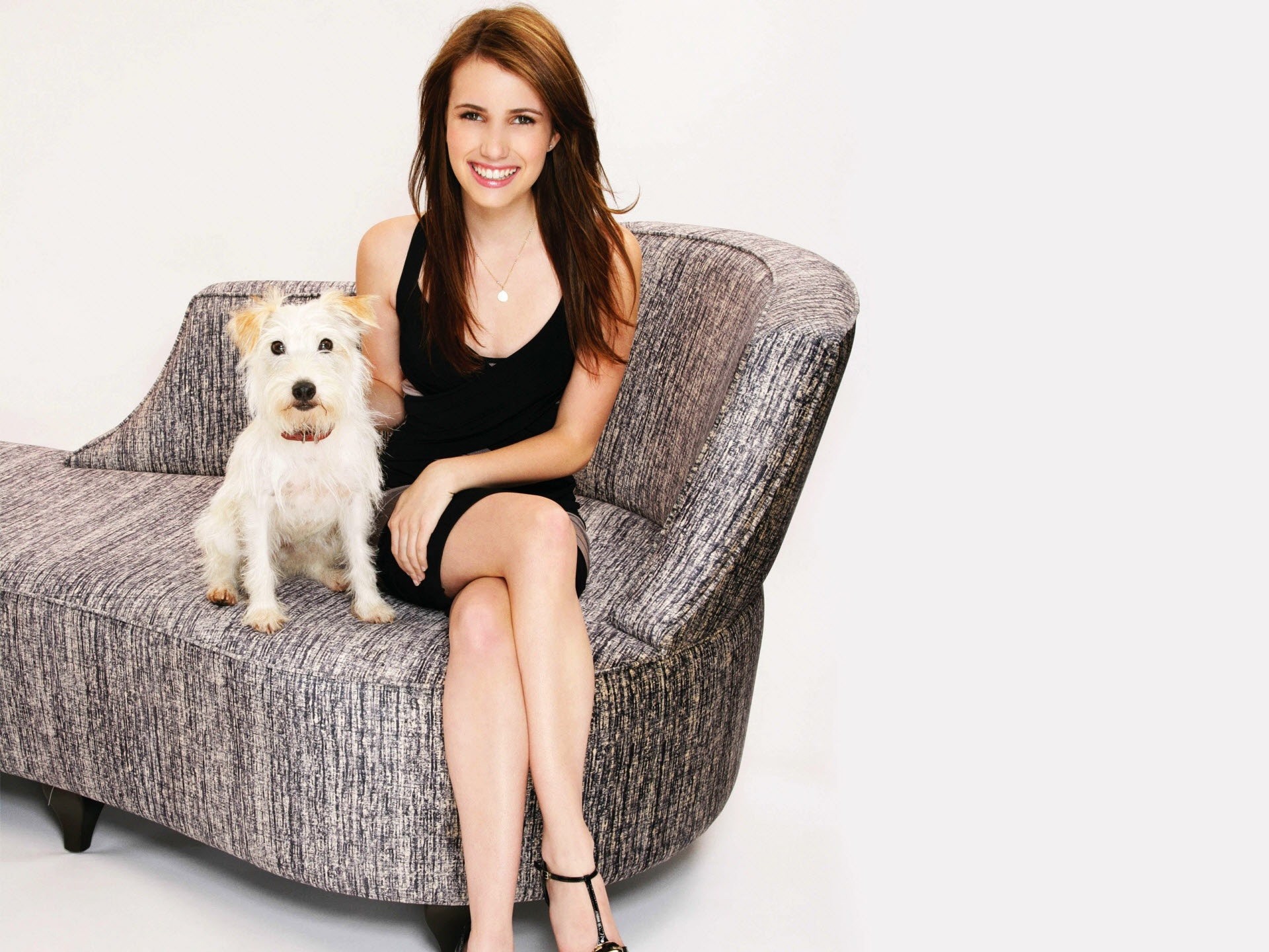 emma roberts wallpapers hd A7