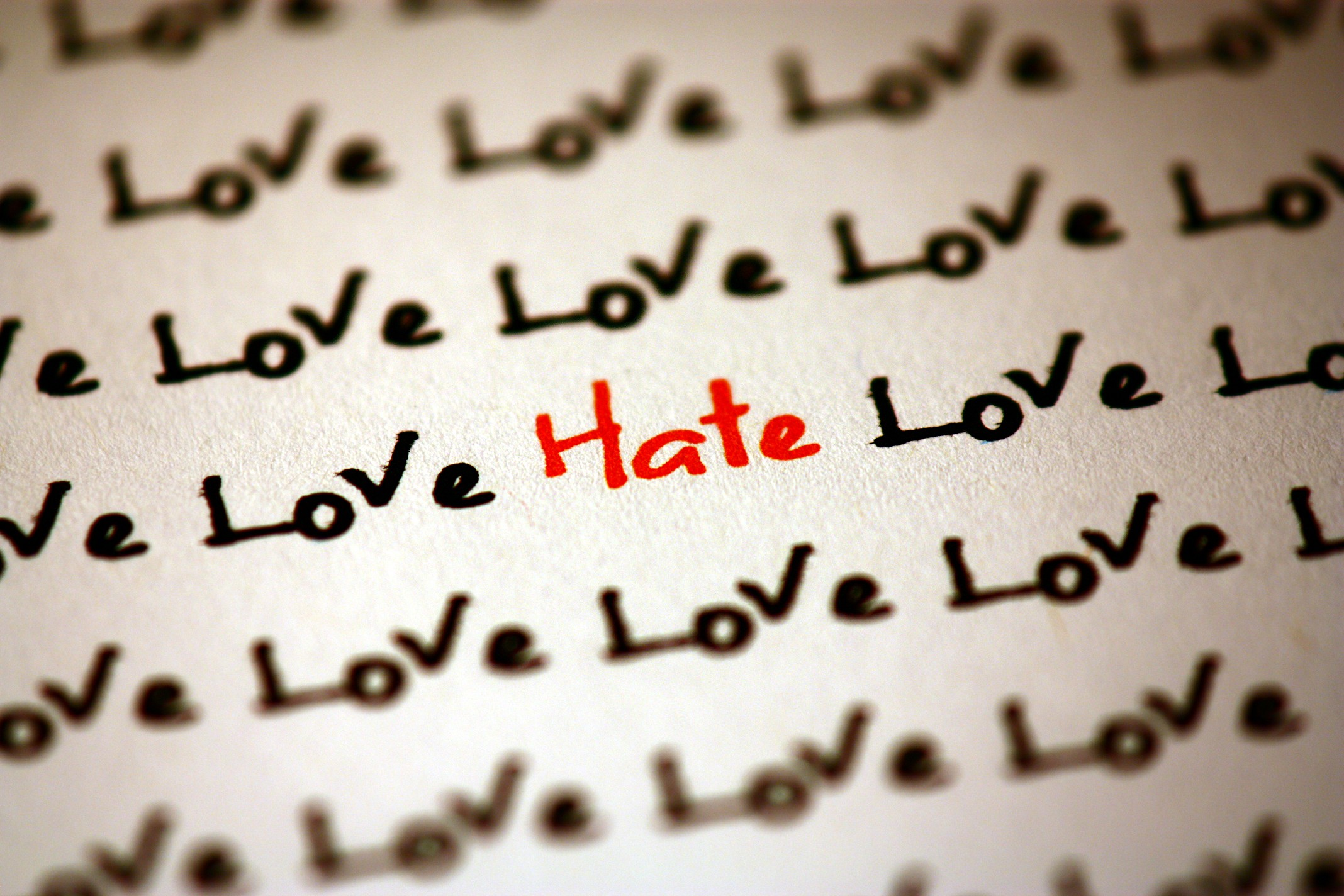 i hate love wallpaper