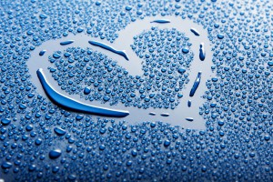 love wallpaper drops